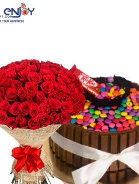 Kitkat Forest cake N Fresh Rose Flower Bunch